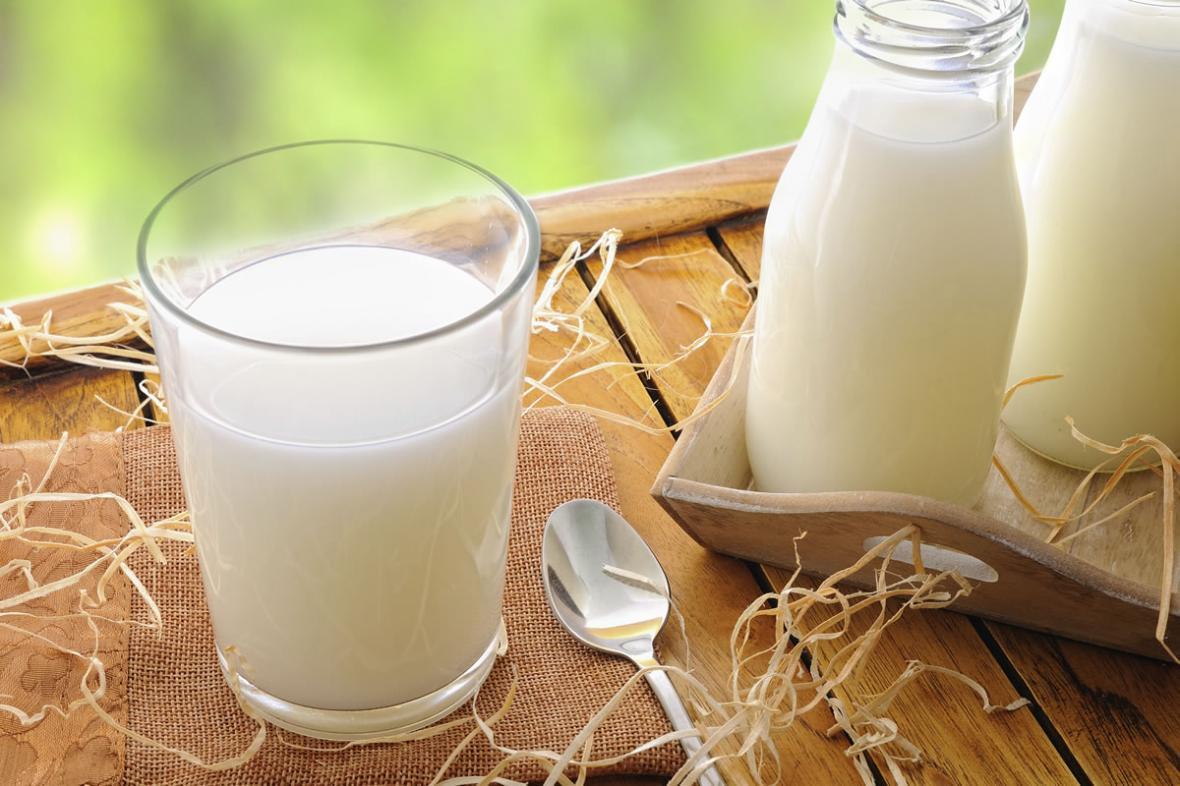 آیا نداشتن توانایی تحمل لاکتوز به معنی حذف کامل شیر و لبنیات از رژیم غذایی است؟