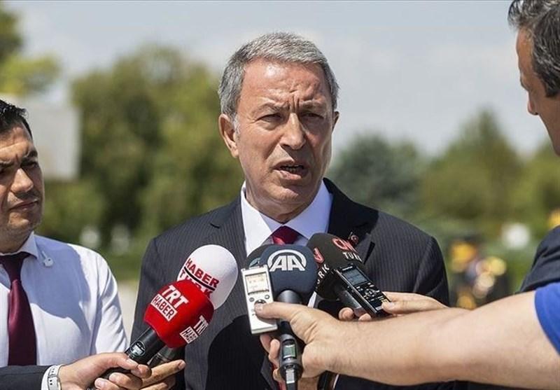 وزیر دفاع ترکیه: به 54 نقطه در ادلب حمله کردیم