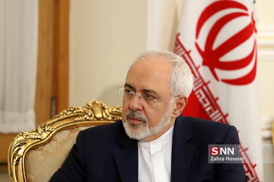 ظریف: جمعه پژواک این پیام است که ایرانیان وفای به عهد می کنند، اما تسلیم نمی شوند